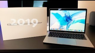 NEW 2019 Refreshed MacBook Air Unboxing & Review - What Has Changed? / Worth the Upgrade?