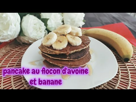 recette-pancake-healthy-à-la-banane-et-aux-flocons-d'avoine