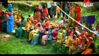 Gadhwali Superhit Song | Chandra Chhori Thumka Laga