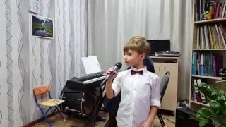 Школа музыки Светланы Ивановой. Фрайман Дима 6 лет, 2 месяца обучения, на уроке.
