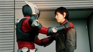 優衣を守ろうとする真司・蓮と、殺そうとする香川・悟。その間を飛び回...