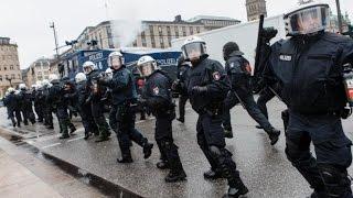 NPD-Demo in Hamburg: 35 Nazis, 800 Gegner