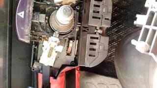 Ремонт кнопки аварійної сигналізації на volswagen LT35