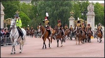The Queen's Horses, London UK   4K •  Kuningattaren hevoset, Lontoo UK