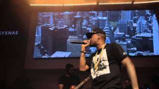 "Nas Performs Live -- ""N.Y. State of Mind"""