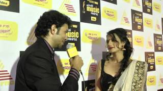 #MMASouth Shruthi Hariharan and RJ Sudesh find out relation between Gold and Music