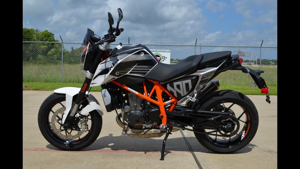 8 999 2014 ktm 690 duke demo with ktm power parts graphics kit and more youtube. Black Bedroom Furniture Sets. Home Design Ideas