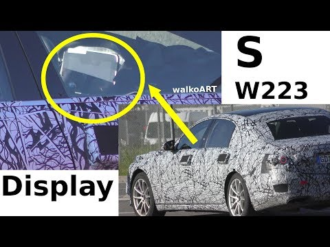 New Mercedes S-Class Caught With Giant Tablet-Like Display