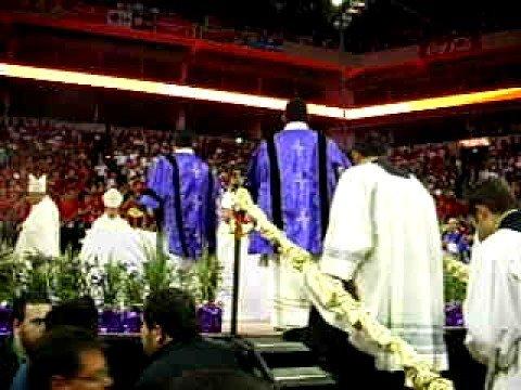 Misa con el Sr. Cardenal Francisco Robles en la Arena Mty