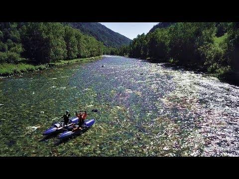 КУМИР.....Есть красивая  река на Алтае