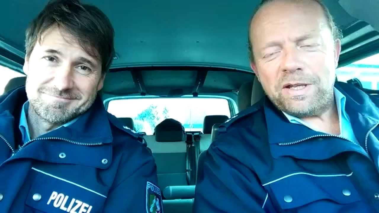 Polizei Im Einsatz Mit Blaulicht