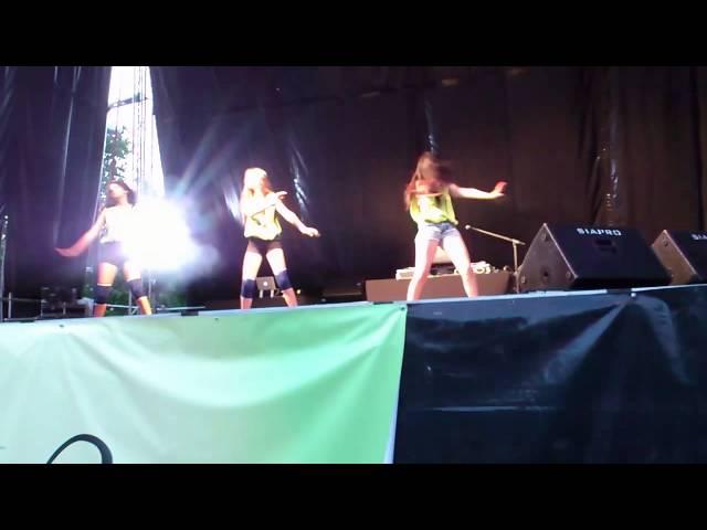 Actuación Jardín del Posío 2013 (Paula Cid Soto)-2