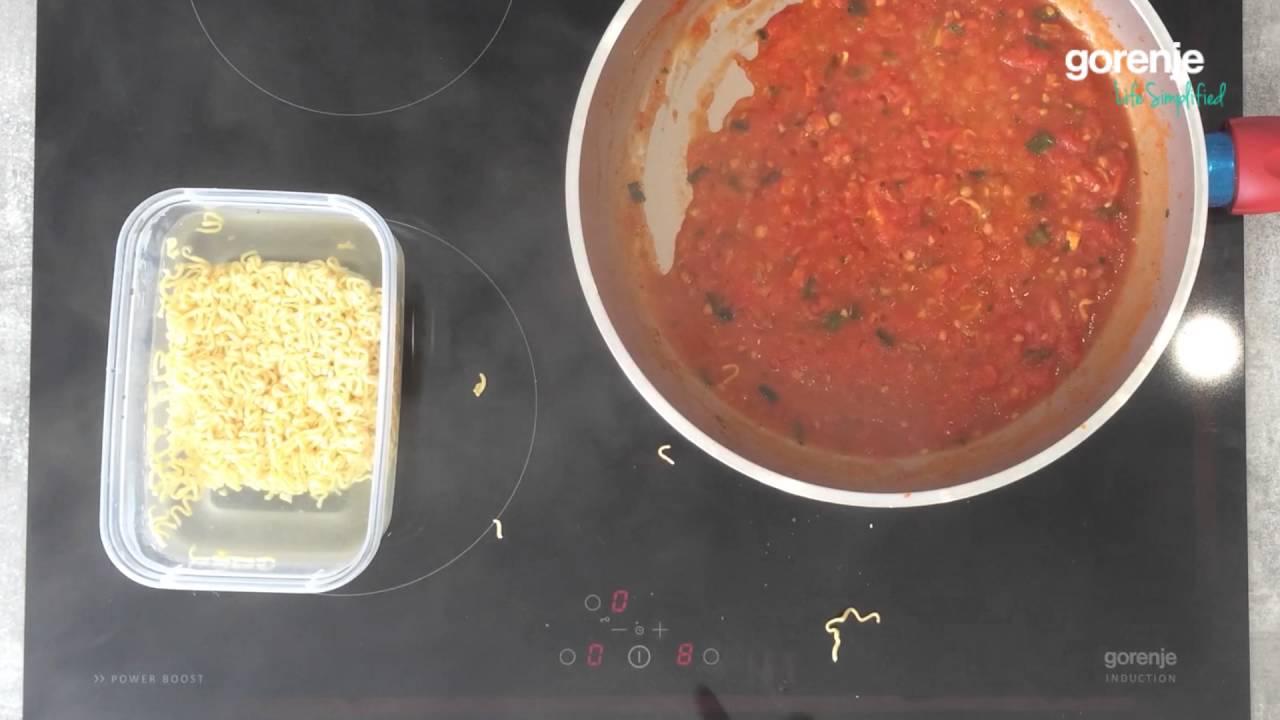 Euplaza.vn – Cách làm mỳ xào không người lái với nước sốt cà chua