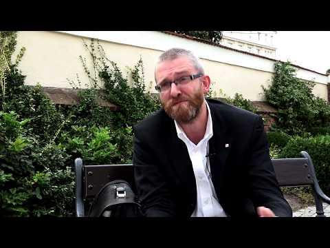 Grzegorz Braun o nowym podręczniku do historii