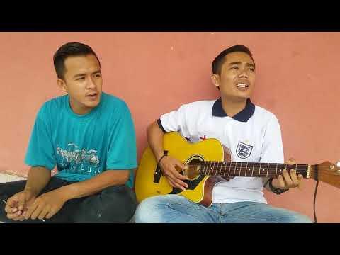 Free Download Bukan Tak Setia Mp3 dan Mp4