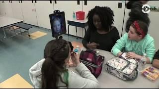 Как роботы в США помогают больным школьникам