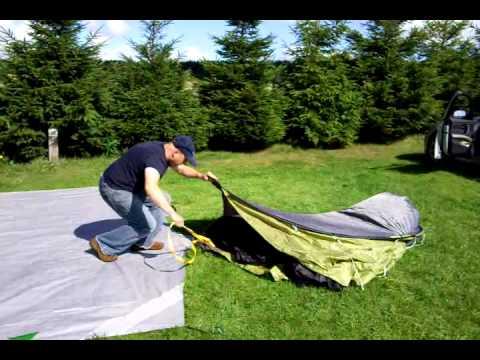 Quechua XXL IIII u00272 secondsu0027 real life instructions tent erection.. Hehm. & Quechua XXL IIII u00272 secondsu0027 real life instructions tent erection ...