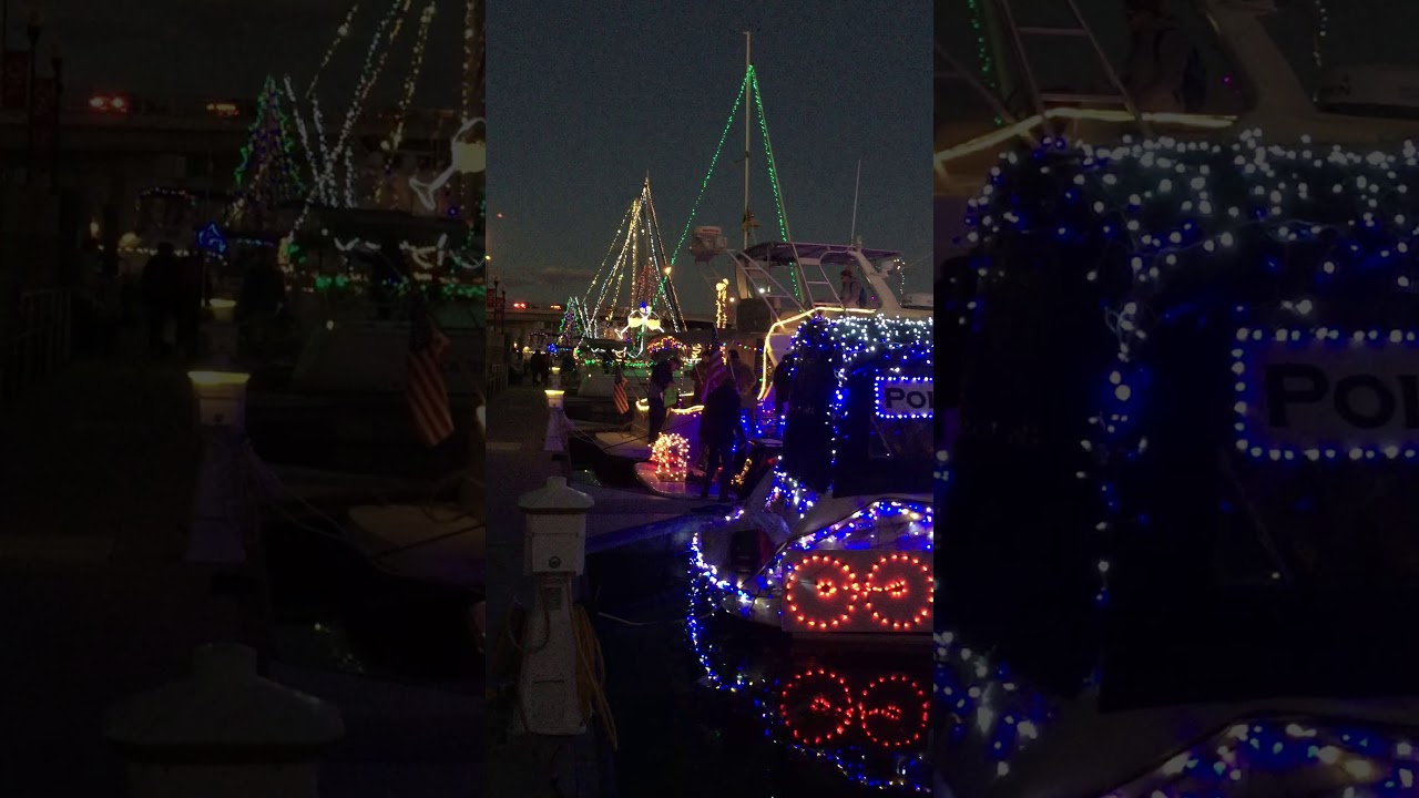 Christmas Boat Parade Decorating Ideas.Decorating For A Lighted Boat Parade Hints And Photos