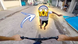 Bike Vlog BMX GoPro - Quase atropelei o Moleque