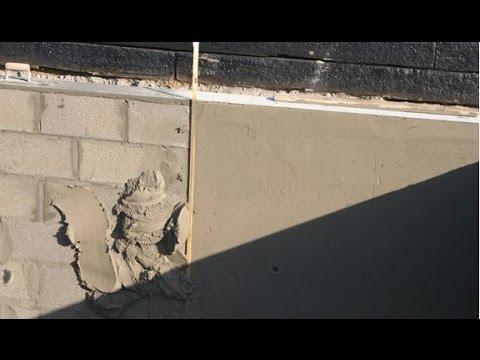 Zelf een zwembad bouwen deel 4 de muur deel 2 youtube for Zelf zwembad bouwen betonblokken