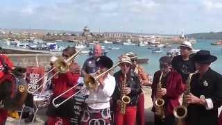 Fanfare Pattes à Caisse - Sankofa