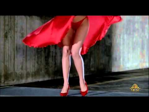 Chris de Burgh ~ Lady in Red Kelly Lebrock Marilyn Monroe style  ↓ Lyrics ↓  HD