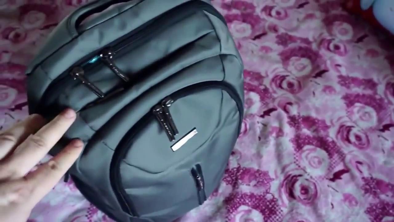 Стильные кожаные рюкзаки от grafea идеально подойдут для любого смелого аутфита. У них имеются два маленьких боковых кармана и один передний.