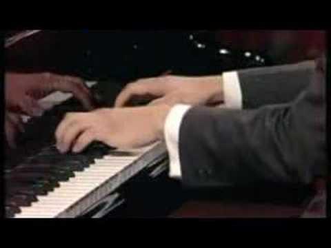 David Fung - Ravel Sonatine