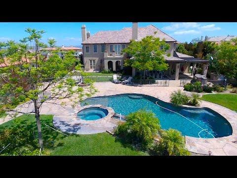 Paradise at The Oaks | 25510 Prado de Azul