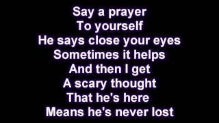 Rihanna-Russian Roulette [Lyrics on Screen] Letra