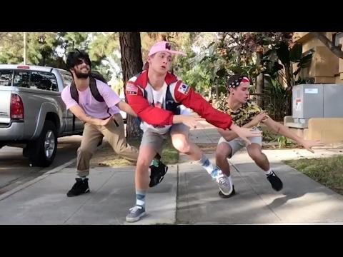 Official Catch Me Outside Dance / Funny Dance ! IG : @davidmooreTV