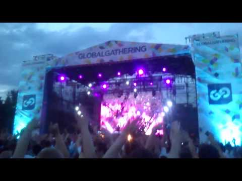 Global Gathering 2013 Minsk. Dubvision played neon (Mashup) (HD720p)
