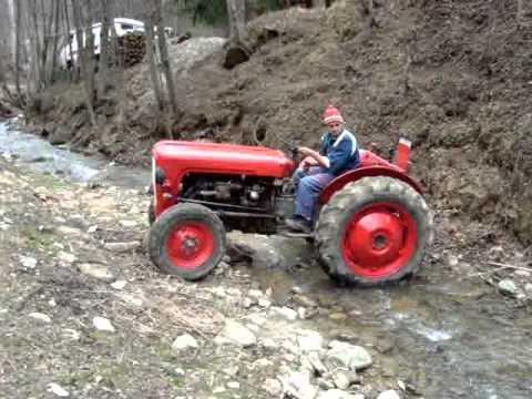 tractor massey ferguson 35 youtube. Black Bedroom Furniture Sets. Home Design Ideas
