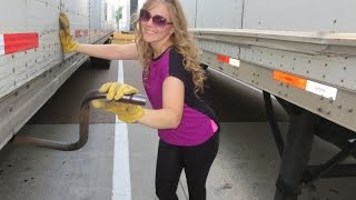 Repeat youtube video WORKING TRUCKER GIRL Vlog 937