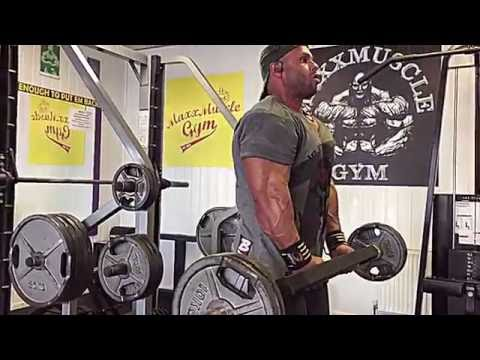 Swiss Bar Hammer Curls