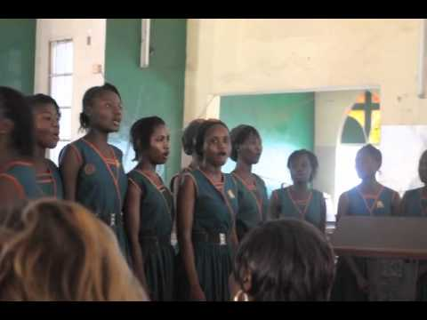 Annie Walsh School For Girls Sing