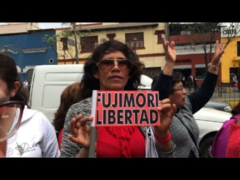 Peruvians protest in support of Keiko Fujimori after her arrest