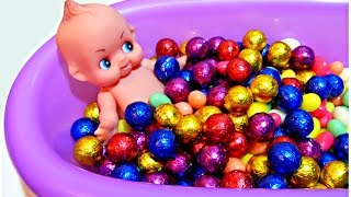 Baby Doll Bathtime Candy Ball Pit Bath Baby Doll Lunch Potty Girl Toys #1