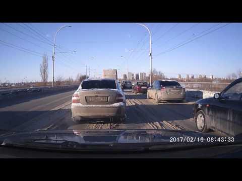 ДТП на путепроводе в Волгодонске и гигантская пробка