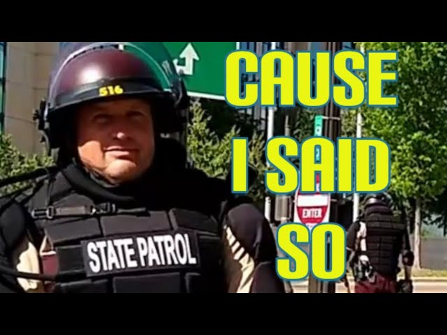 Cops don't know the law & give false directives know your rights 1st amendment audit fail