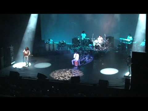 Sonu Nigam in Phoenix with Michal Jackson's song