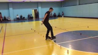 Дети на роликах. Фристайл слалом на роликовых коньках. Связка от ученика.