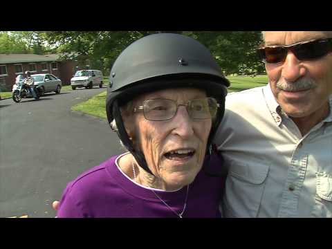 SENIOR CITIZENS ON HARLEYS PKG41