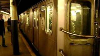 New York Subway arriving at Prince St. Station
