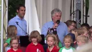 Rolf Zuckowski singt Nessaja in Alzenau am 13.06.2015 bei der Landesgartenschau