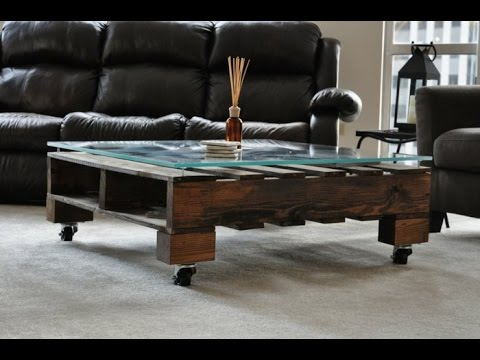 Table basse avec une palette youtube - Transformer palette table basse ...