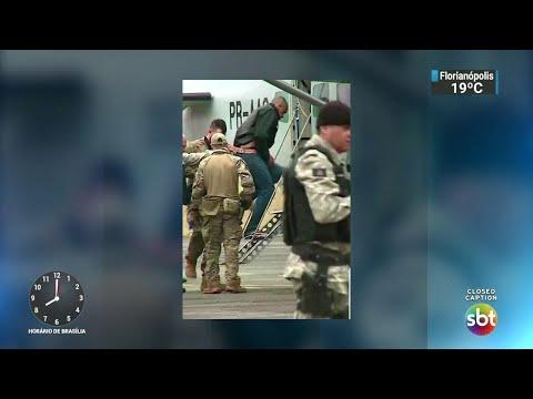 Homem que agrediu Bolsonaro é  isolado em presídio federal de Campo Grande | SBT Brasil (08/09/18)