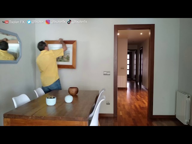 Sliding door effect. Original idea by instagramer @volny.pro.