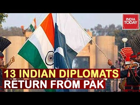 13 Indian Diplomats Leave Pakistan Along With Fam After Pak Downgrades Ties With Ind