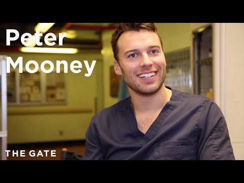 Peter Mooney talks 'Saving Hope'